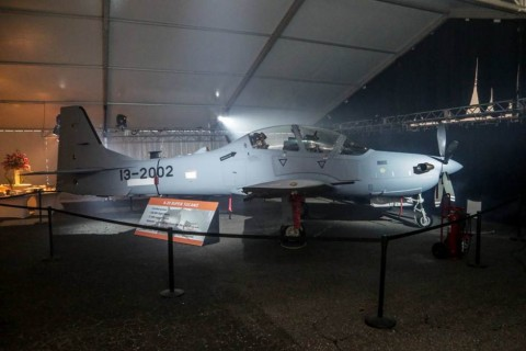 Embraer Shows First Super Tucano Assembled in Jacksonville, with AVEO LIGHTS of course!!!!!