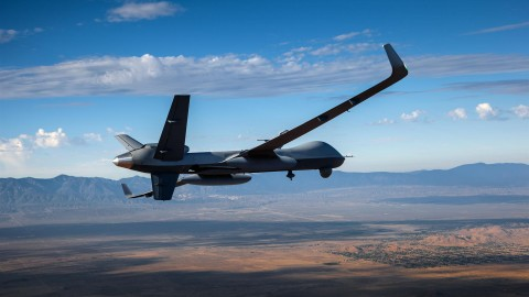 Predator B Extended Range (ER) Conducts First Flight With New Long Wings and Aveo's Exclusive Conformal Winglet Lights