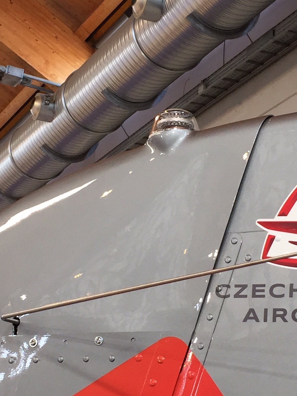 Aero Friedrichshafen Aveo Anti-collision light